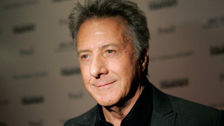 Dustin Hoffman este acuzat de trei femei de comportament sexual nepotrivit