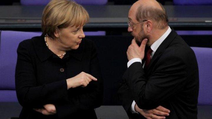 Liderul social-democraților germani, Martin Schulz, dispus să discute despre o alianţă cu Merkel