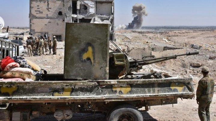 Atentat cu maşină-capcană în estul Siriei. Cel puţin 26 de persoane au fost ucise