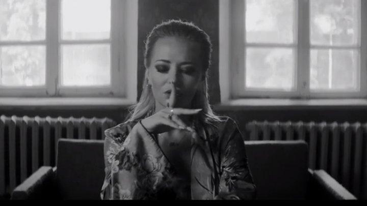 """Carla's Dreams şi Delia au lansat videoclipul piesei """"Inima"""", cântecul care te lasă fără suflare"""