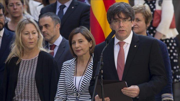 Opt foşti miniştri catalani au fost arestaţi, fiind acuzaţi de rebeliune