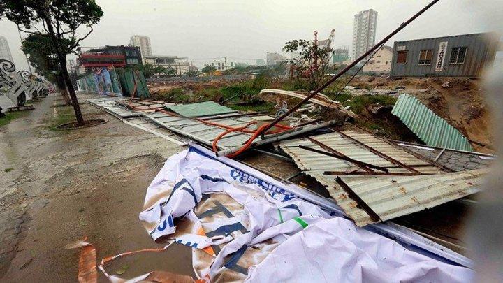 Dezastru în Vietnam: Numărul morţilor în urma taifunului Damrey a trecut de 100