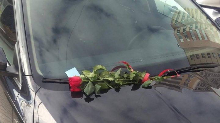 O şoferiţă din Capitală şi-a parcat maşina pe un loc rezervat altui automobil. De ce surpriză a avut parte