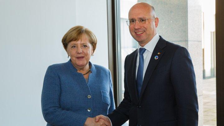 Prim-ministrul Pavel Filip s-a întâlnit cu Angela Merkel. Germania va continua să susţină Moldova