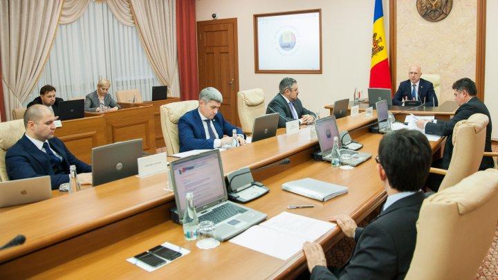 Guvernul a aprobat proiectele de lege pentru ratificarea Acordului privind asistența macrofinanciară de 100 de milioane de euro din partea UE