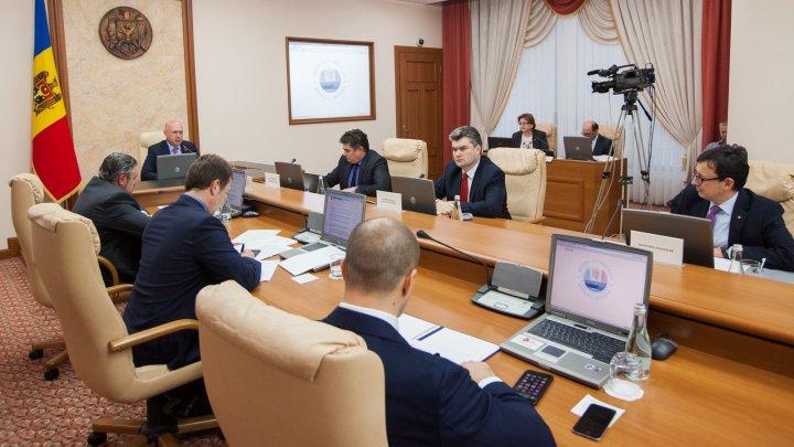Executivul a aprobat semnarea Acordului privind asistenţa macrofinanciară din partea Uniunii Europene