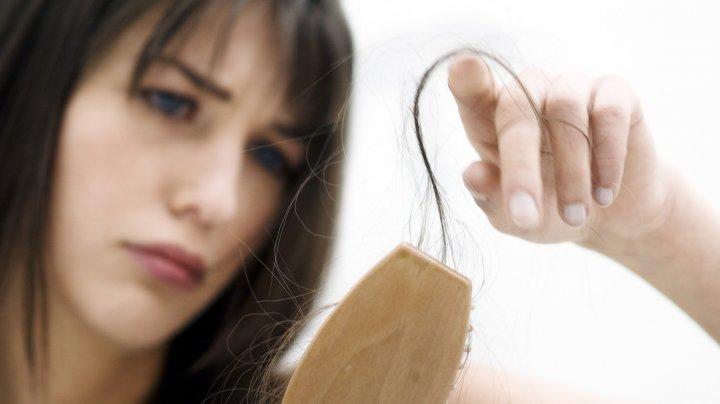 Care sunt cauzele nebănuite ale căderii părului, în rândul femeilor. Sigur nu ştiai