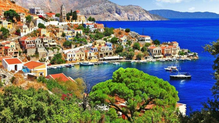 Își trăiesc viața după o singură regulă! Insula europeană pe care ești considerat tânăr la 81 de ani. Dezvăluie secretul localnicilor