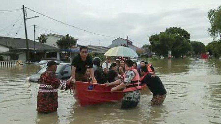 Malaezia: Șapte persoane au murit, iar peste 10.000 au fost evacuate în urma viiturilor