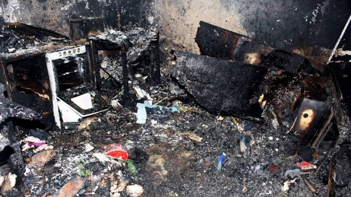 RĂSTURNARE DE SITUAŢIE în cazul celor trei copii arşi de vii în incendiul de la Glodeni. Ce a arătat expertiza