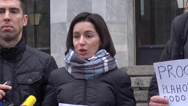 Protest eșuat al Maiei Sandu în fața Procuraturii. Din nou, nu a adus nicio dovadă întemeiată