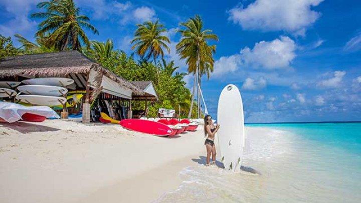 Vrei să pleci într-o vacanţă? 12 lucruri pe care ar trebui să le știi pentru a supraviețui într-o țară exotică