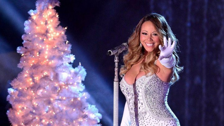 Cântecul All I Want For Christmas Is You de Mariah Carey, pentru prima dată în topul 10 din Billboard 100