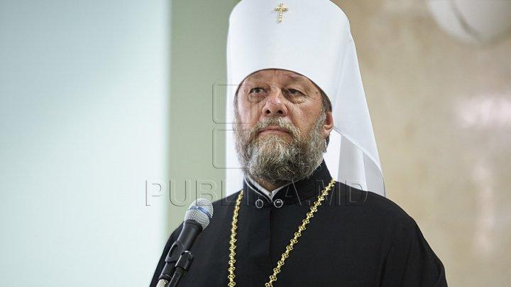 IPS Vladimir: Preoţii nu trebuie să facă politică, iar politicul nu trebuie să se implice în treburile bisericeşti