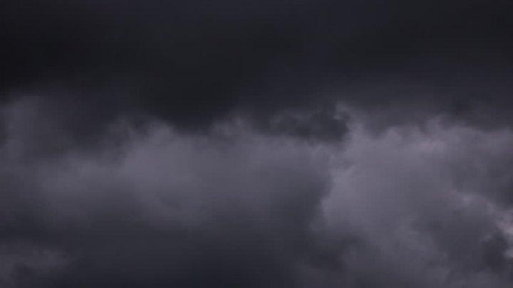 Explicație INCREDIBILĂ! De ce este cerul întunecat noaptea
