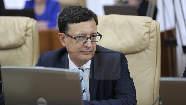 Octavian Armaşu vine cu precizări: Moldova va primi bani din două finanţări total diferite