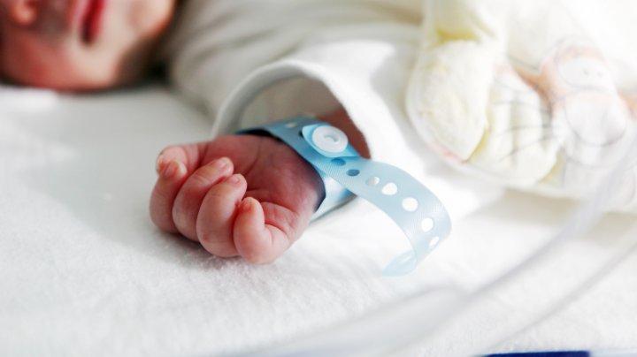 Doi bebeluși au murit la o maternitate din Iaşi, din cauza unei bacterii