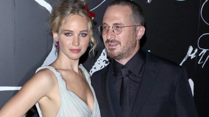 Actriţa Jennifer Lawrence s-a despărțit de regizorul Darren Aronofsky. Formau un cuplu de aproximativ un an
