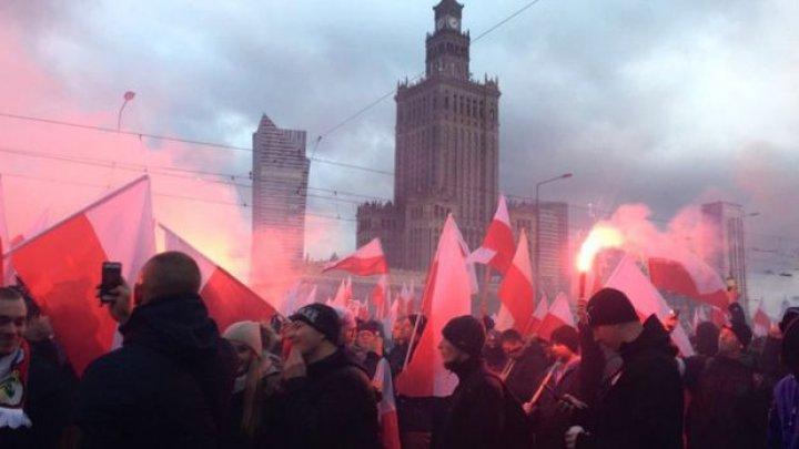 Protest naționalist în Polonia: Europa trebuie să fie albă, rugați-vă pentru un Holocaust islamic