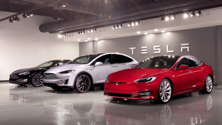 90% dintre mașinile Tesla ieșite de pe linia de asamblare au nevoie de reparații