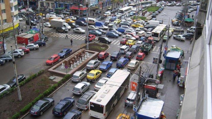 Bucureşti, cel mai aglomerat oraş din Europa! Conducătorii auto pierd 9 zile pe an în trafic