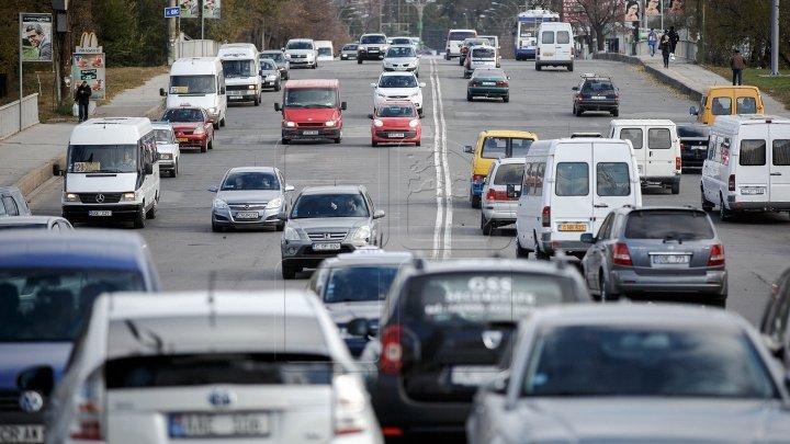 InfoTrafic: Accident rutier în Capitală. Vezi pe ce străzi se circulă cu dificultate