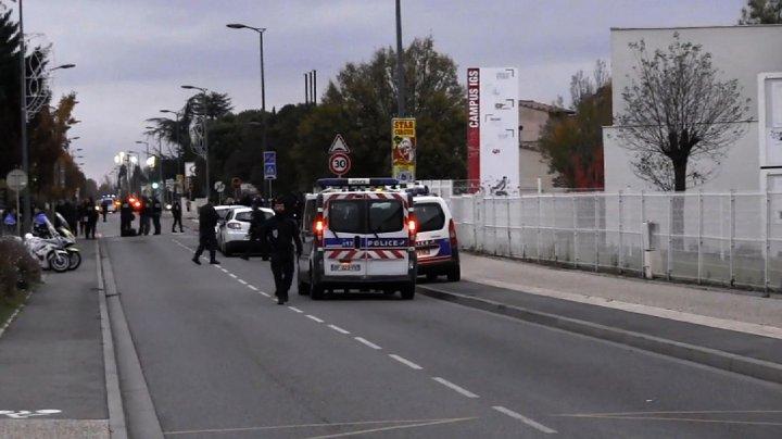 Accident grav în Franța. Trei oameni au fost răniţi, după ce un bărbat a intrat cu maşina în pietoni