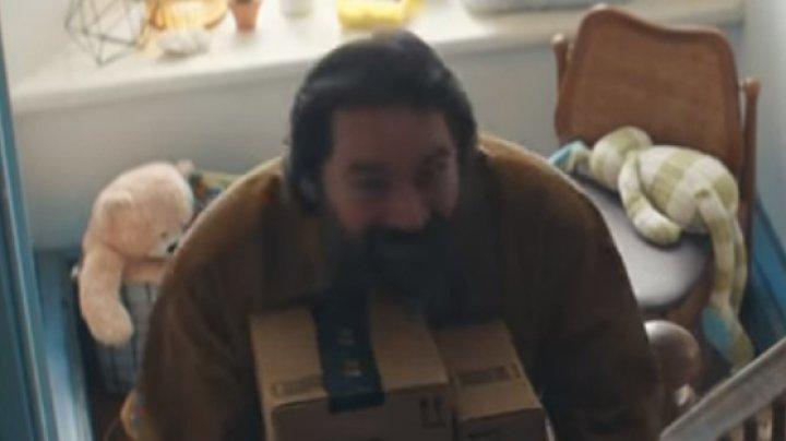Părinții acuză că o reclamă Amazon le-a stricat Crăciunul copiilor. Răspunsul companiei (VIDEO)