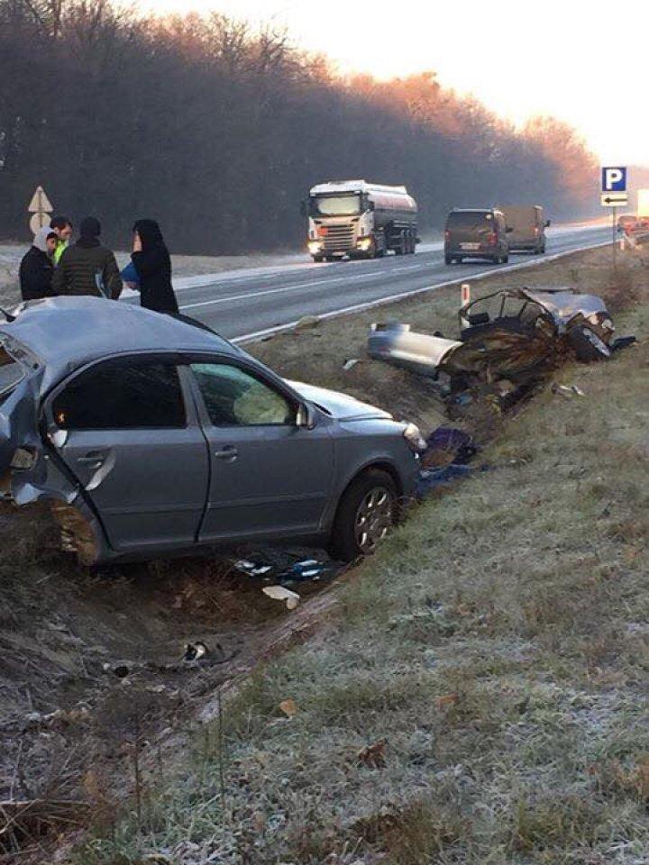 Un cuplu şi-a pierdut viaţa într-un grav accident produs pe traseul Chişinău-Leuşeni (FOTO)