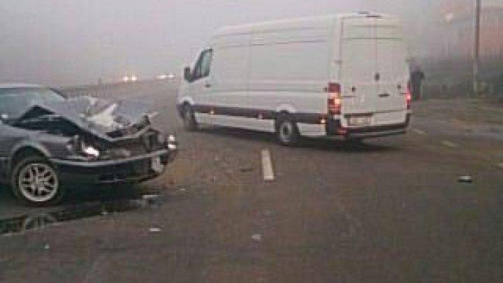 Accident violent în apropiere de Stăuceni: Două maşini, grav avariate