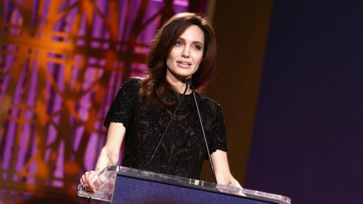 ŞOCANT! Angelina Jolie cântăreşte mai puţin decât fiica ei de 11 ani