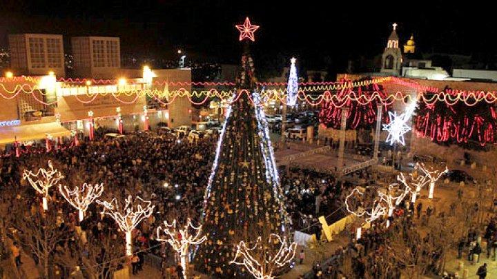 FEERIE DE CRĂCIUN ÎN PALESTINA. Sute de copii s-au bucurat de un spectacol de Crăciun