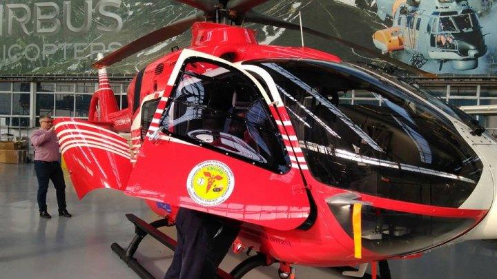 Un nou elicopter SMURD va efectua operațiuni de salvare pentru Republica Moldova (FOTO)