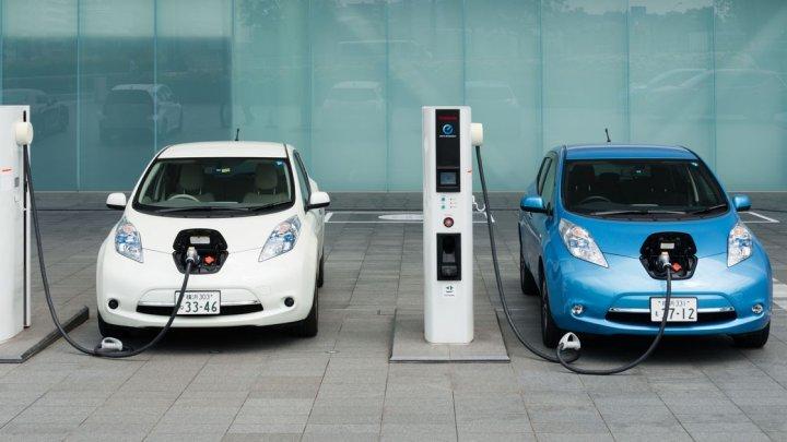 Pronostic: Până în 2025, fiecare al şaselea automobil va fi electric