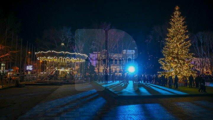 Pavel Filip invită toți membrii guvernului și cetățenii țării la deschiderea Târgului de Crăciun din Chișinău