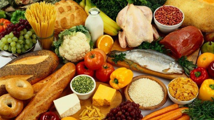 Bine de ştiut! 10 alimente care îți pot pune în pericol sănătatea