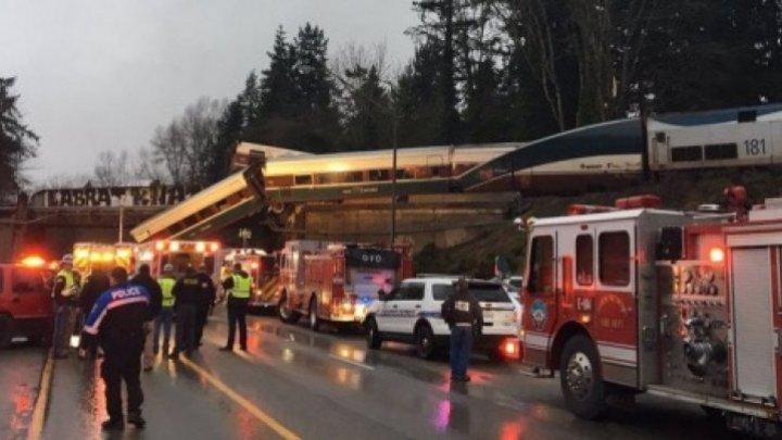 Nu o să-ți vină să crezi! Cu ce viteză circula trenul care a deraiat și a căzut de pe pod în Washington