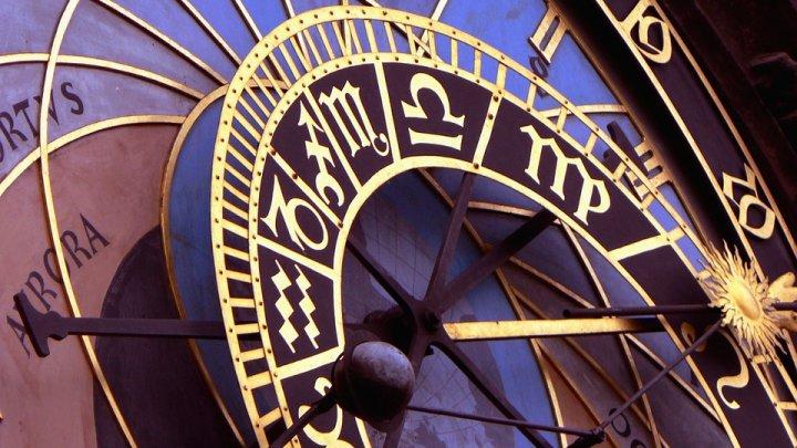 HOROSCOP: Zodia care are lumea la picioare. În ce lună sunt născuţi liderii zodiacului