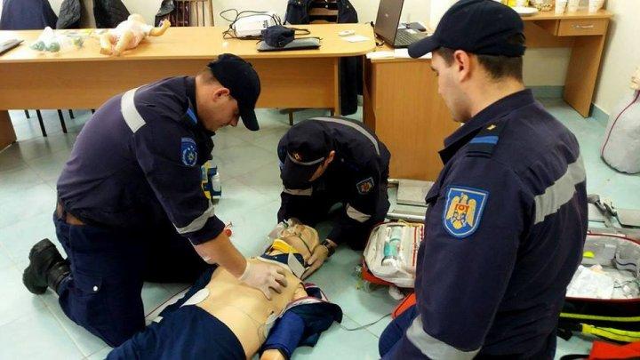 13 pompieri au devenit paramedici SMURD cu acte în regulă. Unde vor activa (VIDEO)