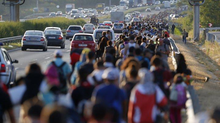 Comisia Europeană va da în judecată Polonia, Ungaria şi Republica Cehă, pentru că refuză să primească solicitanţi de azil
