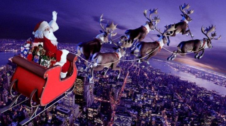 Va porni la drum, cu a sa sanie trasă de reni! Cum poți să îl urmărești pe Moș Crăciun