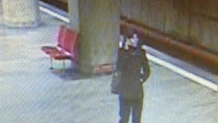Femeia care a ucis o tânără la metrou, a fost arestată pentru 30 de zile