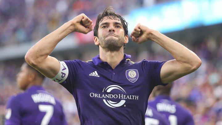 Kaká şi-a pus ghetele în cui. Brazilianul şi-a anunţat retragerea la 35 de ani