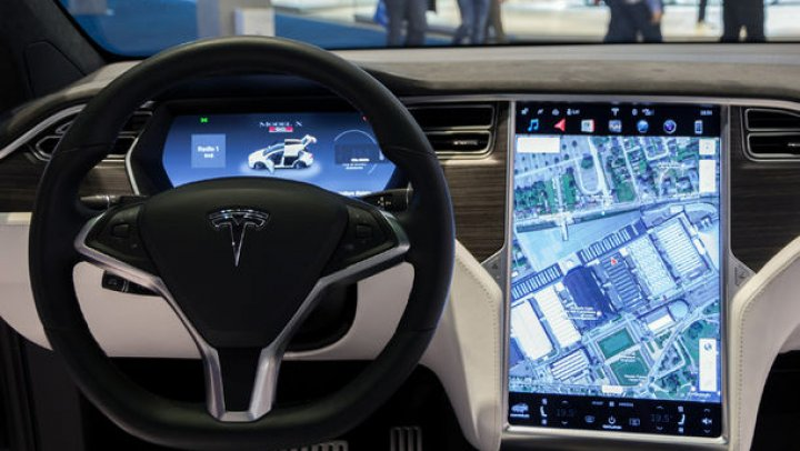 """""""Va fi o schimbare majoră!"""" Tesla pregătește un nou sistem de navigație"""
