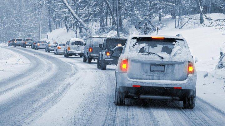 OPT REGULI DE AUR pentru toţi şoferii pe timp de iarnă