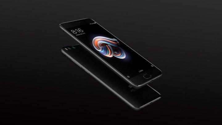 Chinezii au lansat telefonul ieftin care are o cameră foto mai bună decât iPhone 7 Plus