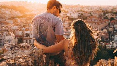 HOROSOCOP: Trei femei care vor minți cu neruşinare în dragoste. Relaţia de cuplu, în pericol