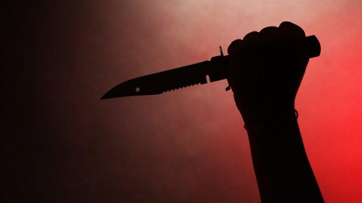 MOMENTE TERIFIANTE! O femeie a fi fost AMENINŢATĂ CU MOARTEA de propriul său FIU (VIDEO)