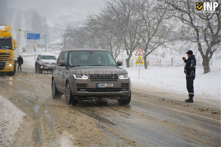 COD PORTOCALIU DE NINSORI. Lista drumurilor naționale care sunt blocate la această oră