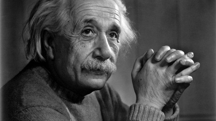 Doar 2% dintre oameni pot rezolva ghicitoarea lui Albert Einstein, scrisă pe vremea când era copil